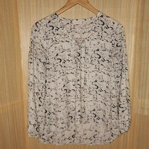 Eight Sixty Snake Print High Low Flowy Blouse Med
